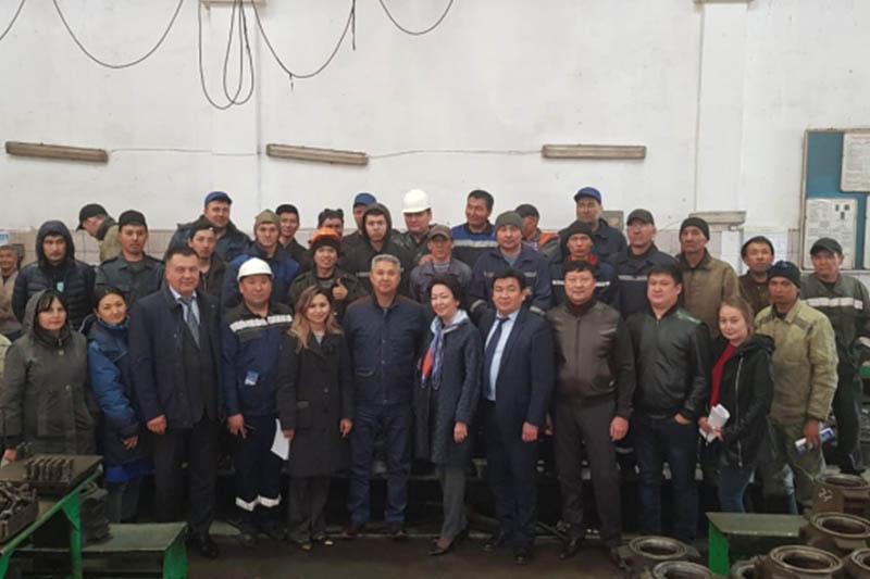 Штаб Дании Еспаевой встретился с трудовым коллективом в Нур-Султане