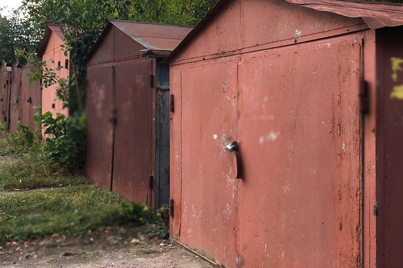 С незаконно установленными гаражами разберутся в Петропавловске