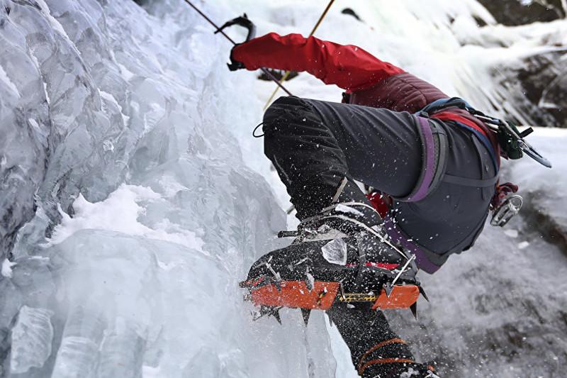 Франциялық альпинист әйел оттегі баллонынсыз Эвереске көтерілді