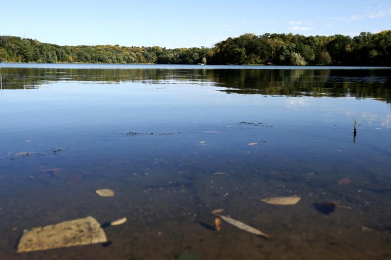 За загрязнение озера наказали директора школы в СКО