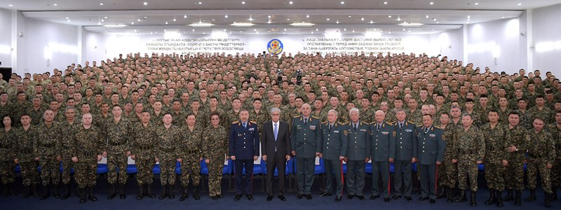 President visits National Guard military unit