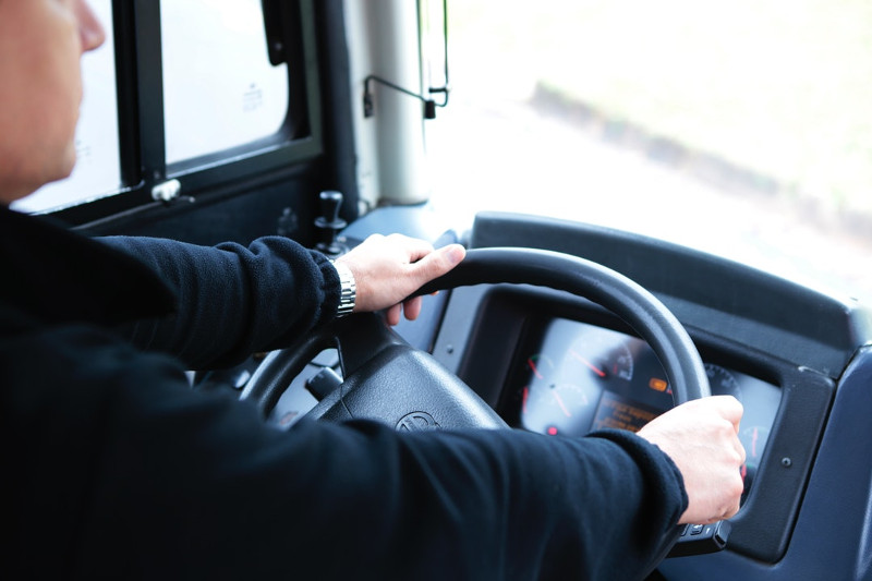 Введена система распознавания усталости водителя автобуса по сетчатке глаза в Казахстане