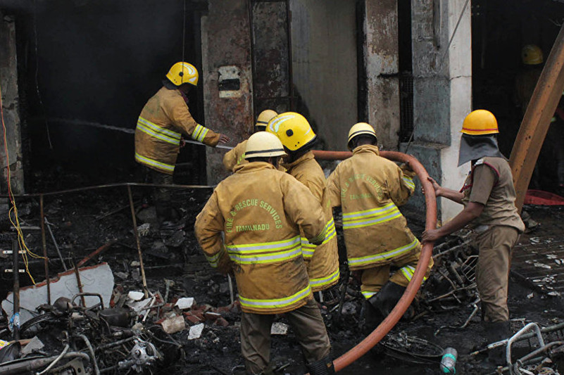 Крупный пожар в Индии: погибло 18 детей