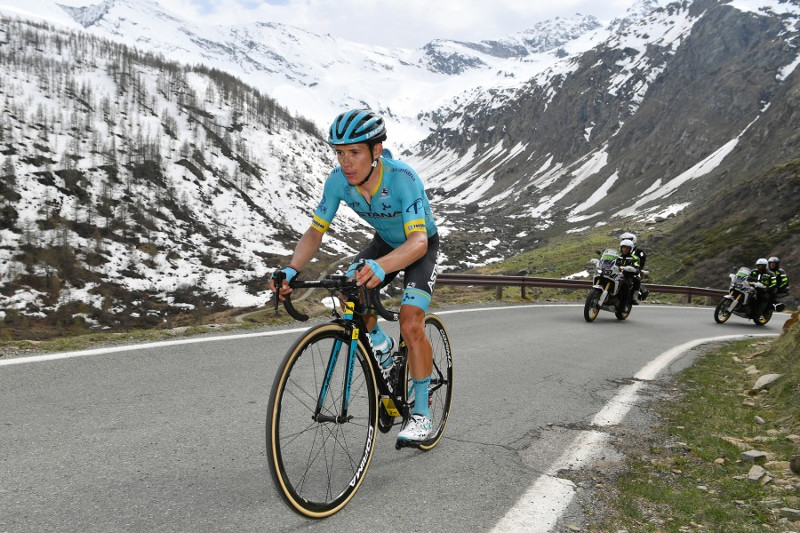 Bad luck for Astana's Lopez on 1st summit finish in Giro d'Italia Stage 13