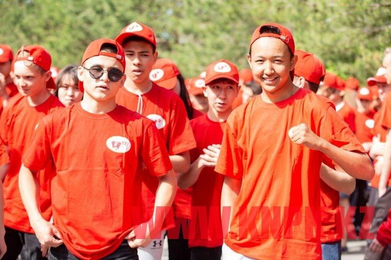 Communist People's Party organize marathon in Nur-Sultan