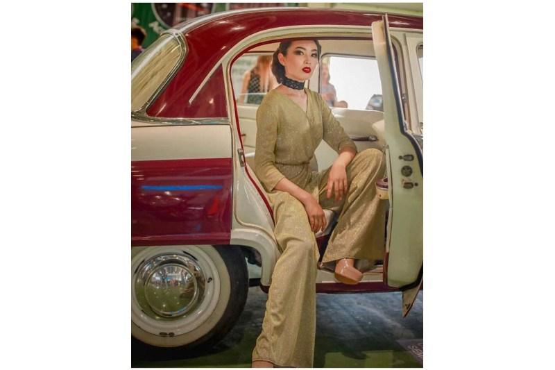 Выставка ретро-автомобилей проходит в Атырау
