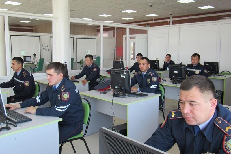 Лучшего патрульного определили в Акмолинской области