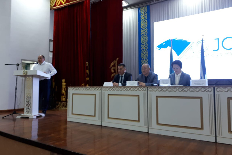 Presidential candidate Yespayeva meets Shymkent city residents