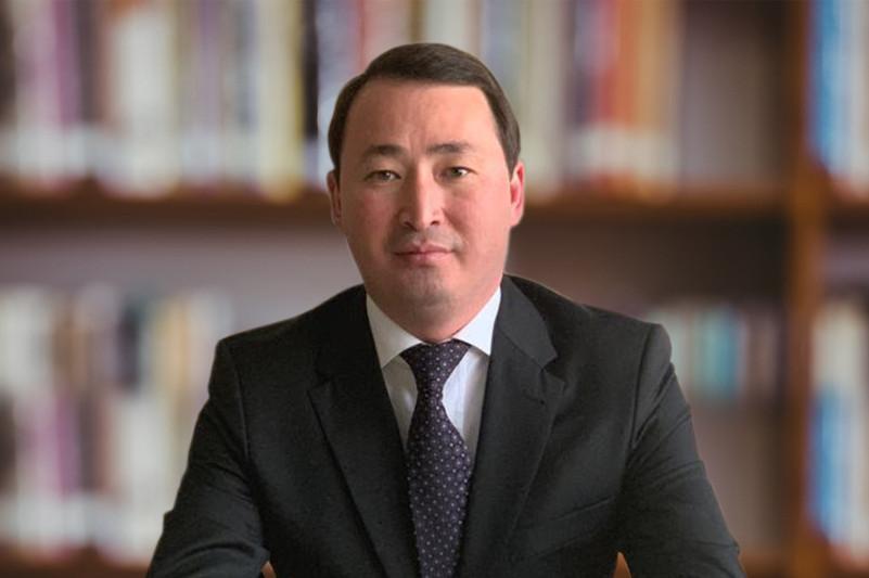 纳尔詹诺夫出任总统办公厅下属民族和睦大会副秘书长