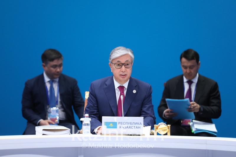 О важности строительства железной дороги в Евразии высказался Президент РК