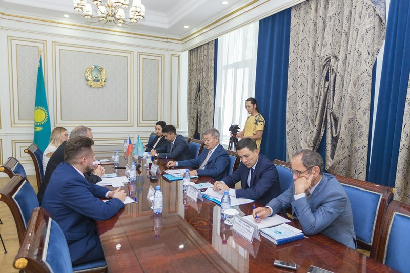 E Kazakhstan establishes coop with Czech Republic