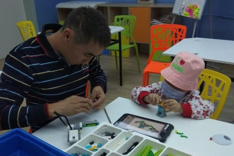 #ДелайДобро: инновационный класс для онкобольных детей открылся в Алматы