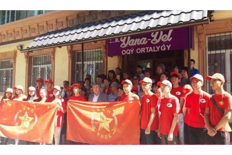 Представители Жамбыла Ахметбекова встретились с трудовым коллективом в Таразе