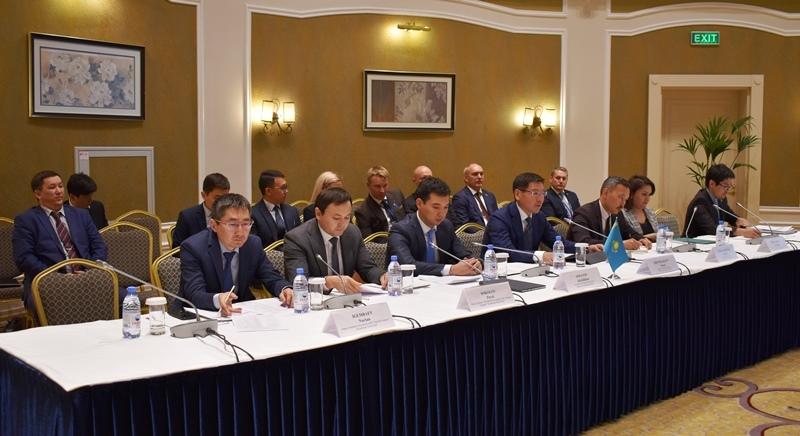 哈爱政府间经济和科技合作委员会会议在努尔-苏丹举行