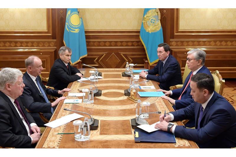 哈萨克斯坦总统会见俄罗斯安全会议秘书帕特鲁舍夫