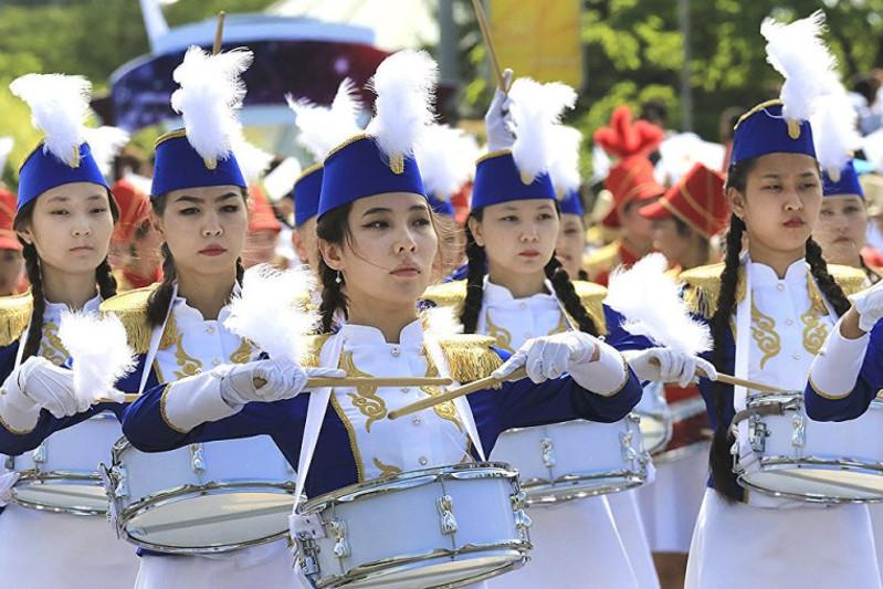 Масштабный парад детских музыкальных оркестров прошел в Нур-Султане
