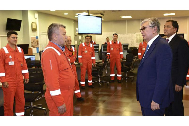 Tokayev visits Bolashak oil and gas refinery