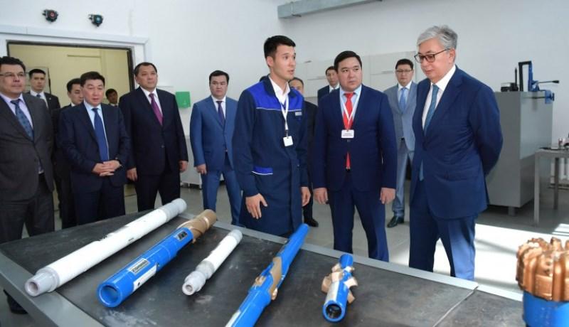 总统参访АРЕС PetroTechnic高级学院