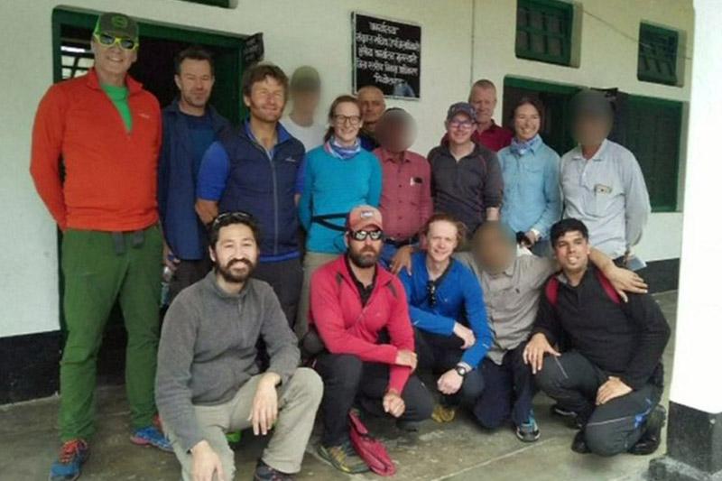 Гималайда жоғалған 8 альпинистің бесеуінің мәйіті табылды
