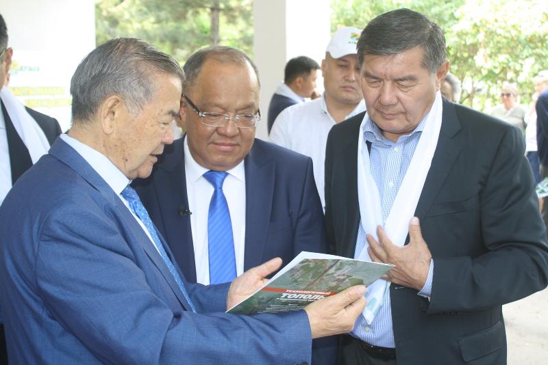 Научно-исследовательский институт посетил Толеутай Рахимбеков