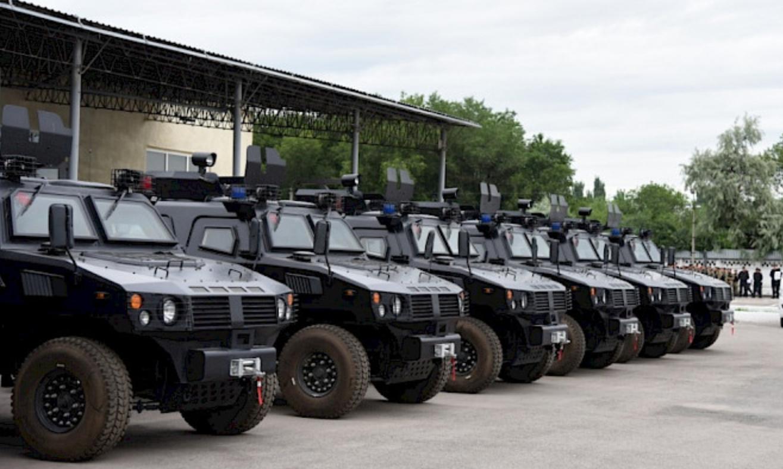 中国向吉尔吉斯赠送警用车辆  价值3000万人民币
