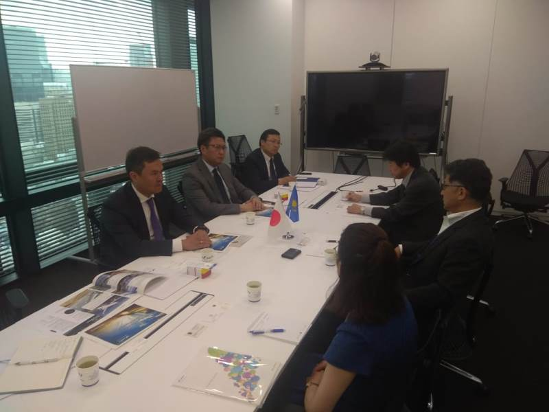 哈萨克斯坦代表团出席日本亚洲未来国际会议