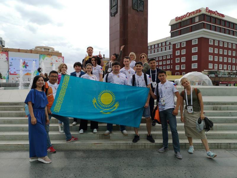 Қазақстандық делегация «БРИКС және ШЫҰ елдерінің студенттік көктемі» фестиваліне қатысты