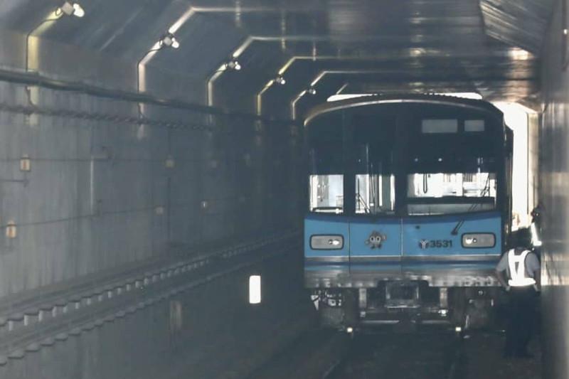 Yokohama subway train derails, no injuries