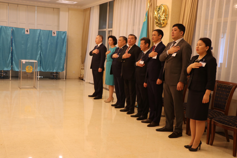 总统大选:哈萨克斯坦驻华大使馆投票站开放