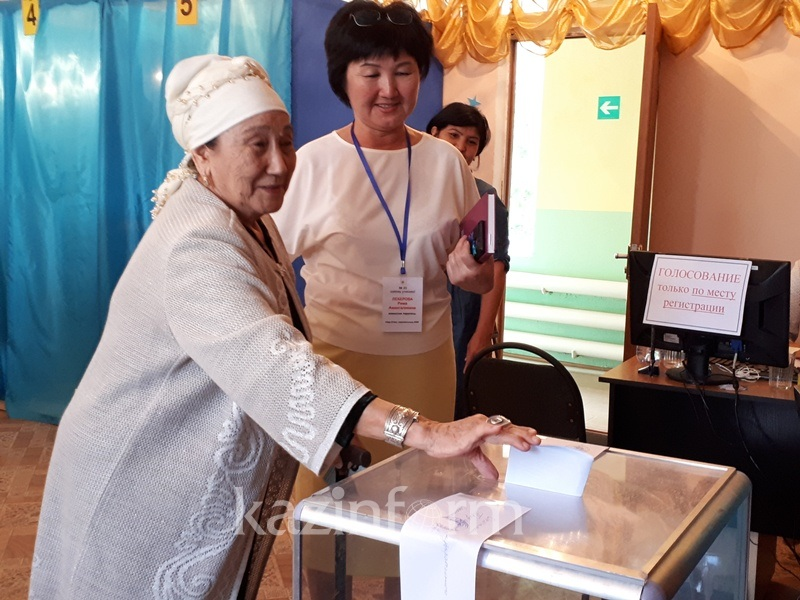 Dimash Kudaibergen's grandparents have voted in Aktobe