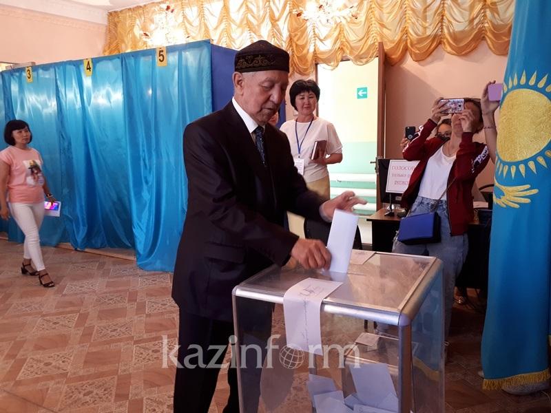 Dimash Kudaibergen's grandparents have voted in Aktobe