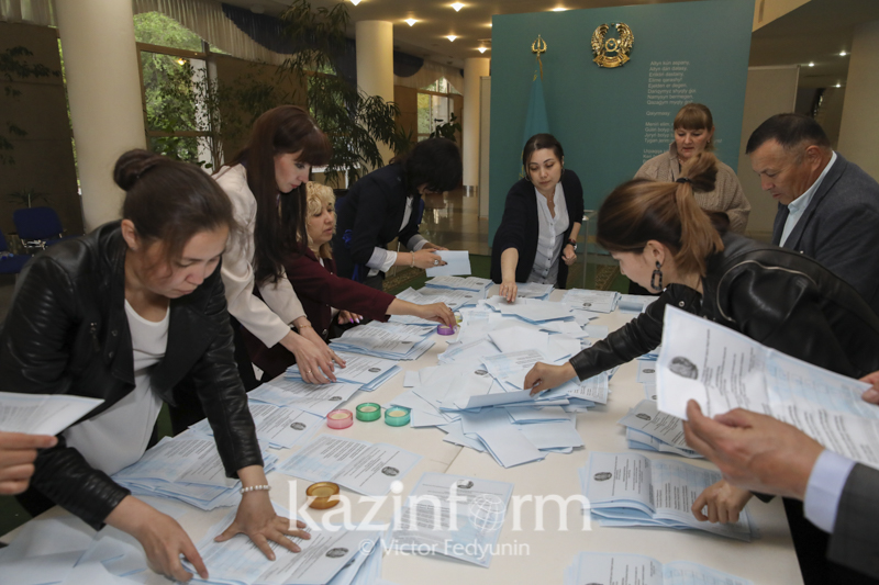 Выборы Президента завершились в 12 регионах Казахстана