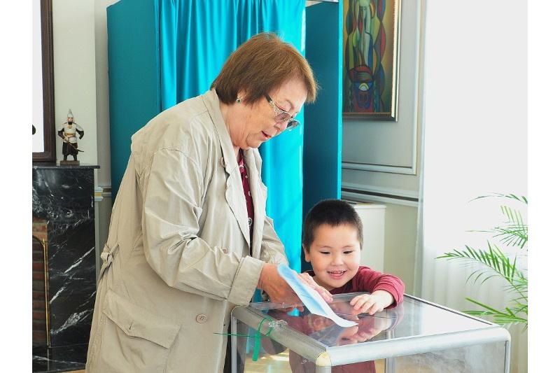Как голосовали казахстанцы на избирательном участке в Бельгии