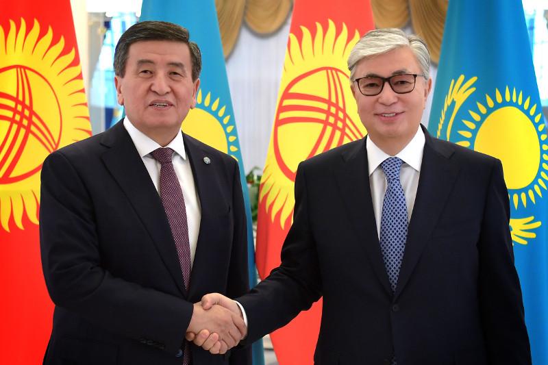 Касым-Жомарт Токаев провел телефонный разговор с Президентом Кыргызстана