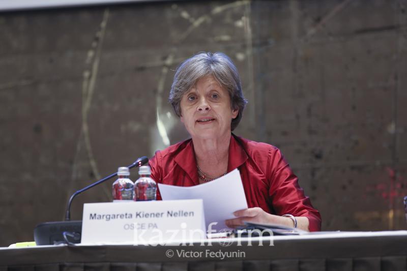 欧安组织观察员对女性总统候选人的参选表示赞赏