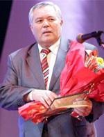 С 70-летним юбилеем поздравили жамбылского писателя Макулбека Рысдаулета