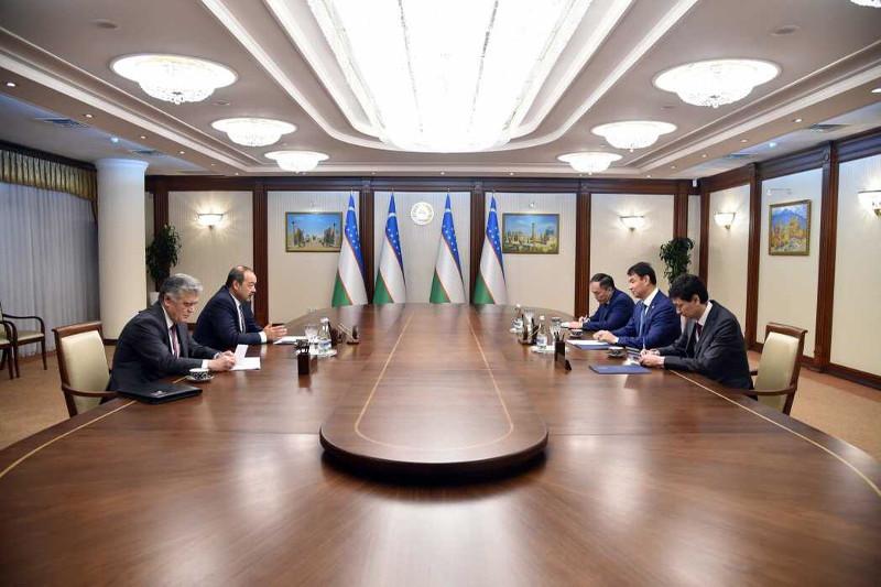 Қазақстан Елшісі Өзбекстанның Үкімет басшысымен кездесті