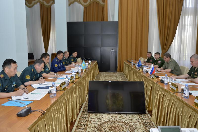 Вопросы информационного взаимодействия обсудили в Министерстве обороны Казахстана