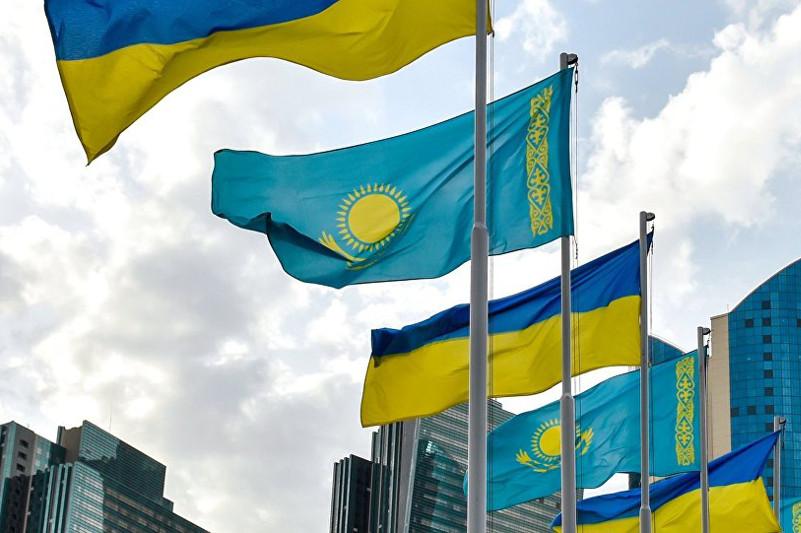 Владимир Зеленский поздравил Касым-Жомарта Токаева с победой на выборах