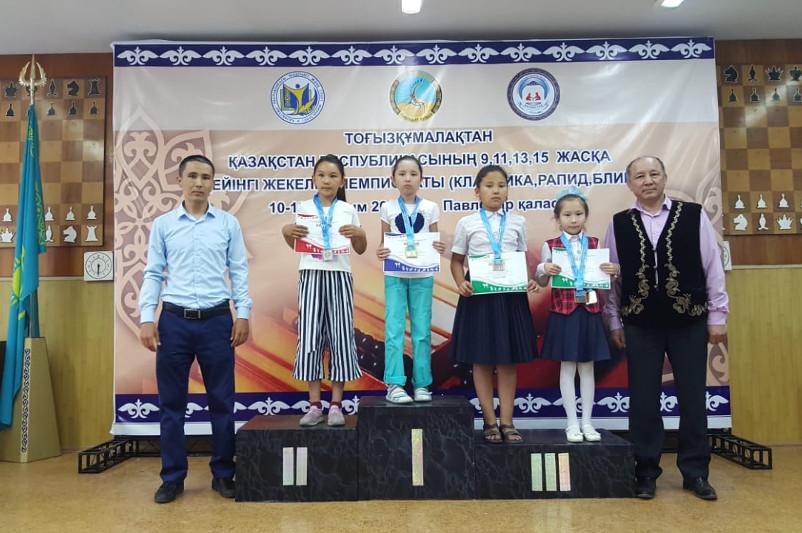 9-летняя акмолинка стала чемпионкой Казахстана по тоғызқұмалақ