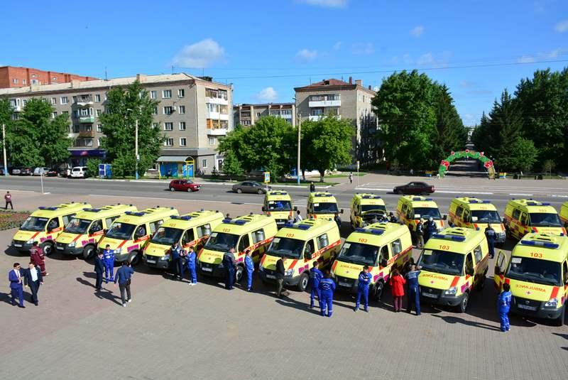 Ақмолада медициналық мекемелерге 40 автокөліктің сертификаты тапсырылды