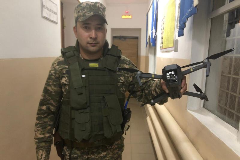 За незаконный полет дрона над воинской частью задержан актюбинец