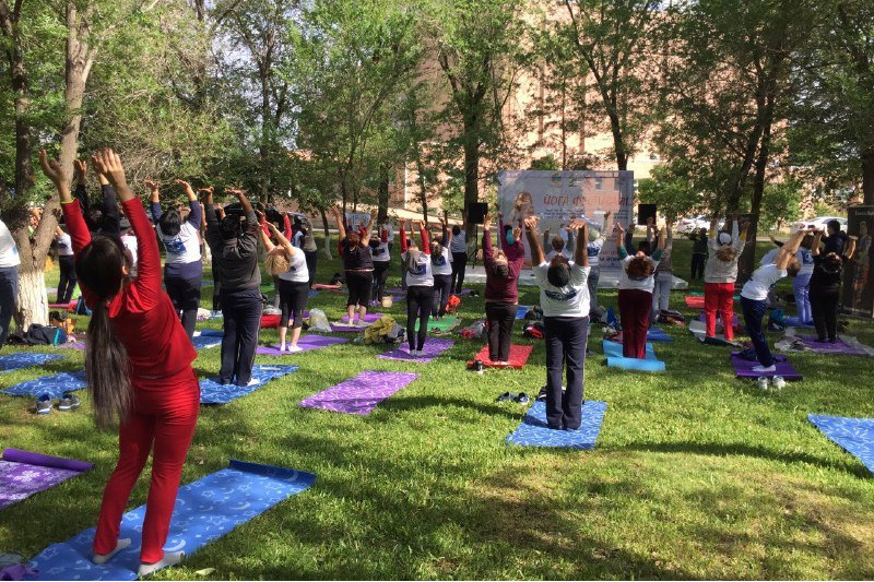 Жители Акмолинской области смогут бесплатно приобщиться к йоге