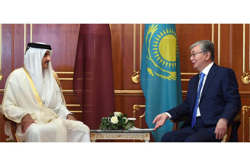 哈萨克斯坦总统会见卡塔尔埃米尔