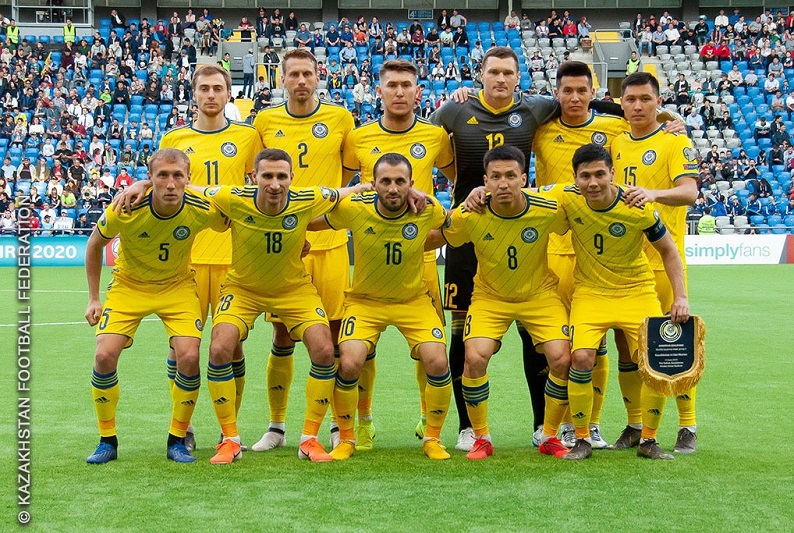 Команда Казахстана поднялась на две строчки в обновленном рейтинге ФИФА
