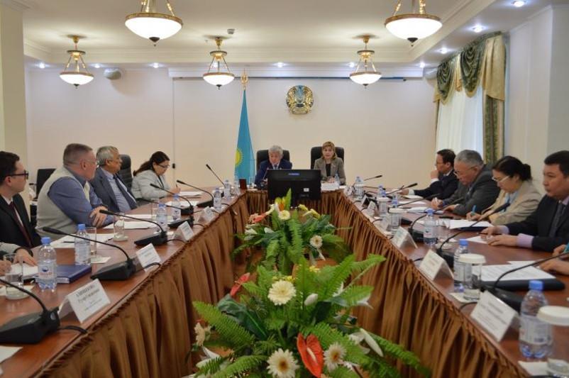 Бердибек Сапарбаев отчитался перед Общественным советом
