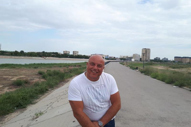 Увидел, подошел и получил ответ – британец оценил «Приемную на дороге» атырауской полиции