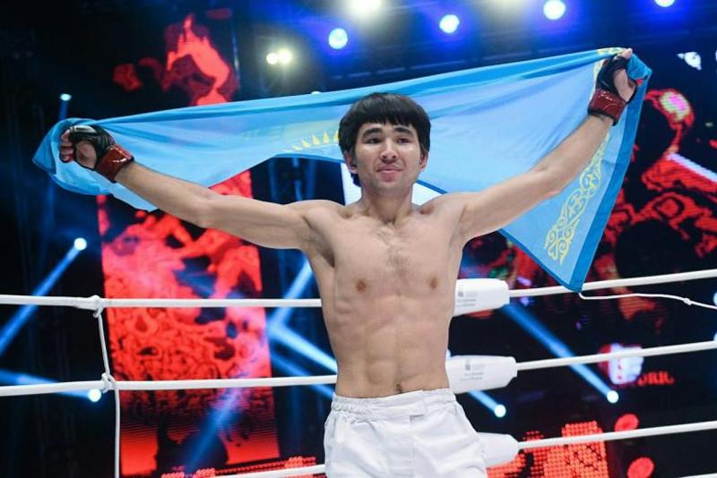Казахстанский боец Арман Ашимов отправил соперника в глухой нокаут