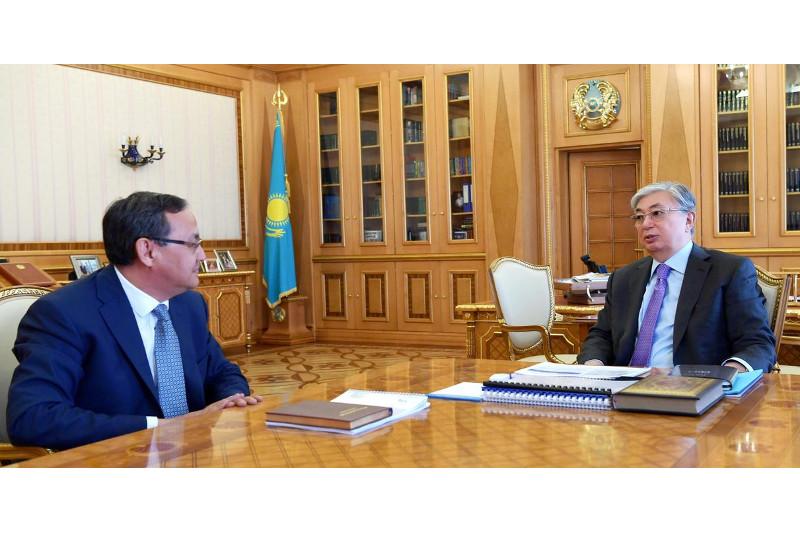 Президент встретился с ректором КазАТУ им. С.Сейфуллина