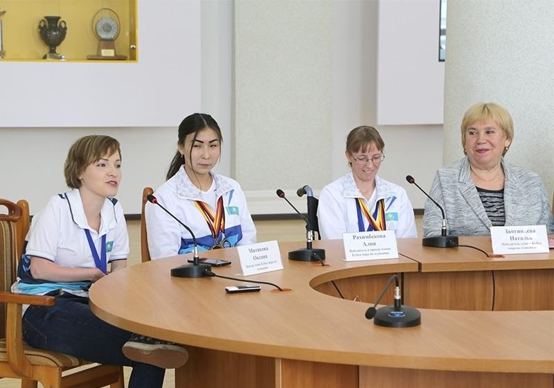 Карагандинцы завоевали 37 медалей на этапах Кубка мира по параплаванию